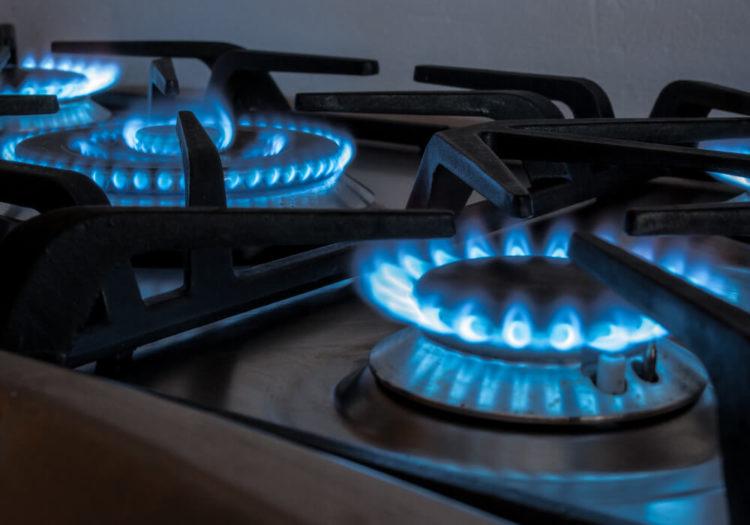 Gas, vitrocerámica o inducción: qué tipo de cocina te conviene más